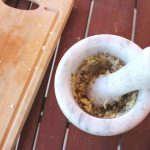 Σουβλάκια-μελιτζάνας-με-σως-φυστικοβούτυρου-9 mamameli