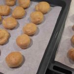 κλασικό-προφιτερόλ-με-κρέμα-πατισερί-23 mamameli