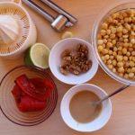 Μπαστουνάκια λαχανικών με κόκκινο χούμους 1 mamameli